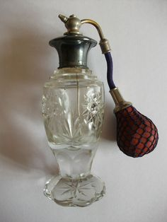 VINTAGE ART DECO STYLE PERFUME ATOMISER GLASS METAL TOP WITH PUMP