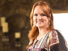 How To Make a Party Tray Like Ree Drummond for the Holidays | There's just one thing NOT to include…