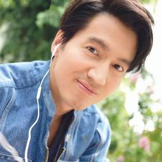 Meteor Garden Jerry Yan Age Gracefully at 42 Jerry Yan, F4 Meteor Garden, Beautiful Japanese Girl, Drama Series, Aging Gracefully, Actor Model, Handsome, Actors, Celebrities