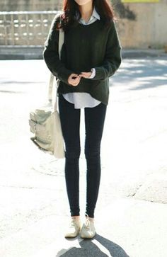 korean street style, skinny jeans with sweater Cute Fashion, Look Fashion, Girl Fashion, Autumn Fashion, Fashion Outfits, Fashion Ideas, Fashion Black, Vintage Fashion, Female Fashion