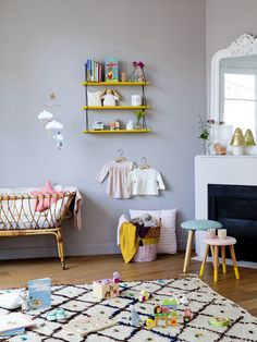 Girl room design ideas, Smart Way Concerning How To Fix Your Home's Interior Decor Inspiration, Nursery Inspiration, Baby Crib Mobile, Baby Cribs, Baby Bedroom, Kids Bedroom, Deco Kids, Kids Room Design, Kids Decor