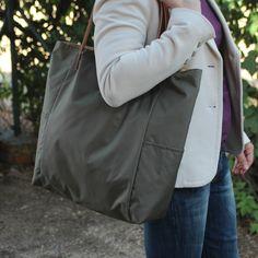 Bolsos de asa larga -  Bolso shopping bag impermeable - Kaki - Maxibolso - hecho a mano por LoLahn-Handmade en DaWanda