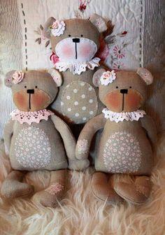 Handmade Baby Gifts, Handmade Toys, Farm Quilt, Homemade Dolls, Cat Doll, Sewing Dolls, Soft Dolls, Stuffed Animal Patterns, Doll Crafts