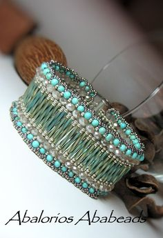 Catala bracelet picture; see also schema at same blog Abalorios Ababeads