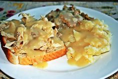 Hot Turkey Sandwich with Mashed Potatoes and Stuffing. Hot Turkey Sandwiches, Stuffing, Eating Well, Risotto, Mashed Potatoes, Foodies, Ethnic Recipes, Eat Right, Clean Eating Foods