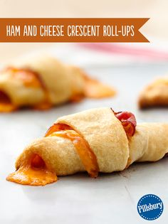 Ham and Cheese Crescent Roll Ups are super easy and ready in just 25 minutes! Use only 3 simple ingredients straight from the fridge. Good for breakfast on the go or a fast heat up lunch or snack.