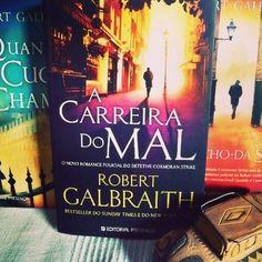 Os três livros publicados até agora da série Cormoran Strike, escritos por Robert Galbraith - pseudónimo de J.K.Rowling *Novo post em genedetraca.blogs.sapo.pt #bookstagram #cormoranstrike #robertgalbraith #jkrowling #livros #ler #leitura #policiais
