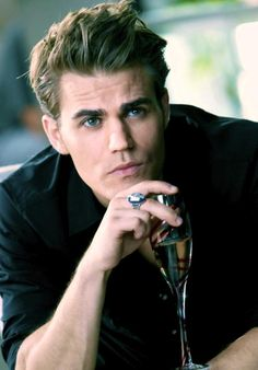 The Vampire Diaries Stefan(I think? Vampire Diaries Stefan, Paul Wesley Vampire Diaries, Vampire Diaries The Originals, Vampire Diaries Cast, Stefan E Elena, Damon And Stefan Salvatore, Stefan Tvd, Serie Vampire, Vampire Daries