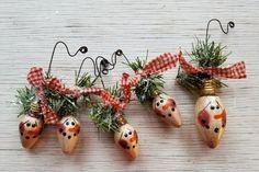 """Snowman Ornament,  Primitive Snowman Ornament, Vintage Christmas Light Bulb Ornament, Primitive Snowmen, Painted Snowman, White, 2"""""""