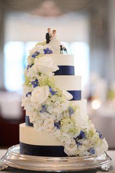 Navy Blue Wedding Cake Darker blue flowers would be better