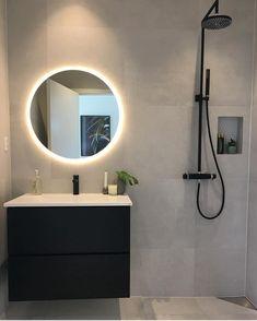 Bathroom Design Inspiration, Bathroom Inspo, Modern Bathroom Design, Interior Inspiration, New Homes, House Design, Interior Design, Mirror, Home Decor
