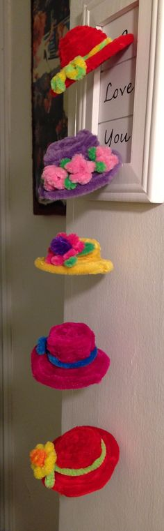 mobile made of pipe cleaner hats. Pipe Cleaner Crafts. explanations and tutorials are available on my youtube channel