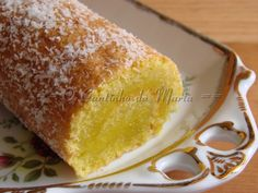 The Corner translation into English Marta: Pie Wet Coco Pureed Food Recipes, Sweets Recipes, Cake Recipes, Portuguese Desserts, Portuguese Recipes, Portuguese Food, Food Wishes, English Food, Sweet Cakes