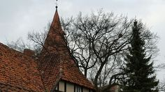 Kirchturm in Isernhagen KB