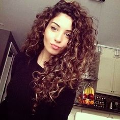 Must See Curly Hairstyles For Women Cabello Rizado Largo 30 Easy Hairstyles For Short Curly Hair The Trend Spotter Pin On Womens Hairstyles Medium Diane Keaton Haircuts For Curly Hair, Curly Hair Cuts, Short Curly Hair, Curly Hair Styles, Natural Hair Styles, Brown Hairstyles, Frizzy Hair, Curly Girl, Long Permed Hairstyles