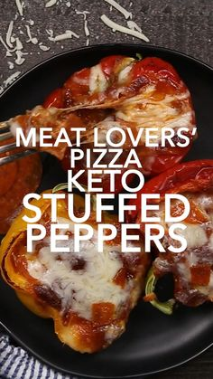 Low Carb Chicken Recipes, Healthy Low Carb Recipes, Low Carb Dinner Recipes, Keto Recipes, Keto Dinner, Breakfast Recipes, Cooking Recipes, Low Carb Mexican Food, Keto Stuffed Peppers