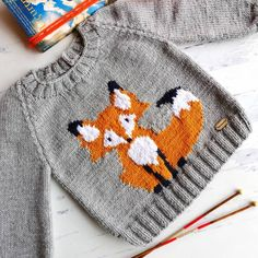 If you want to order a fox motif with a fox motif that I knit on Günaydın🐶istek, it is suita Knitting Blogs, Knitting Charts, Baby Knitting Patterns, Baby Patterns, Knitting Projects, Crochet Woman, Crochet Baby, Knit Crochet, Baby Boy Knitting
