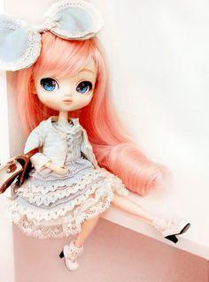 Yeolume she's too cute^^