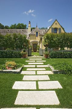 Lifestyle House - traditional - landscape - other metro - Jack Arnold Companies