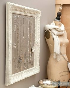DIY Jewelry Holder @ DIY Home | We Heart It