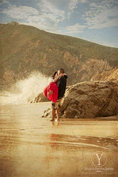 San Francisco Beach Engagement Photo