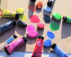 Coloring rocks Coloring Rocks, Art Supplies, Activities For Kids, Box, Snare Drum, Children Activities, Kid Activities, Petite Section, Kid Crafts