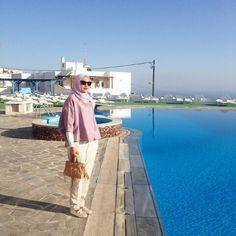 Ria miranda santorini Santorini, Hijab Fashion, Dress Up, Style, Swag, Costume, Street Hijab Fashion