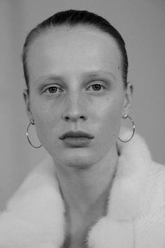The Angle of Repose, Anine van Velzen by Nicole Maria Winkler