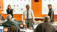(Kevin Costner, center) and Coach Penn (Denis Leary) in 'Draft Day' (Summit) Love Movie, Movie Tv, Football Movies, Nfl Football, We Are The Champions, Kevin Costner, Champion Sports, Jennifer Garner, Streaming Movies
