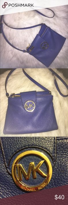 ✨Michael Kors Crossbody Handbag ✨ Blue. Leather. Real. Original. Micheal Kors. Crossbody Handbag. Really Good Condition. Stylish. Cute. Gold Zippers. 2 big Zipper pockets. An area to hold 6 cards. 3 Pockets. KORS Michael Kors Bags Crossbody Bags