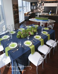 Seahawks Dinner Party Tablescape. Party designed by Pink Blossom Events. Floral by Lola Event Floral & Design. Photography by Hope Spring Photography by Dasha Wright and Robert Jacobs. Rentals from ABC Special Event Rentals.
