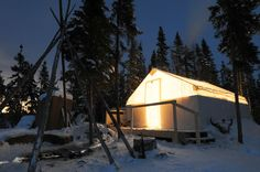 For the perfect holiday adventure try a dogsledding tour to a quiet wilderness cabin!