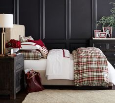 Christmas bedroom navy walls white duvet red trim red green plaid comforter and shams Pottery Barn Christmas, Plaid Christmas, Ikea Christmas, Christmas Deco, Christmas 2019, Merry Christmas, Plaid Bedroom, Bedroom Decor, Blue Bedroom