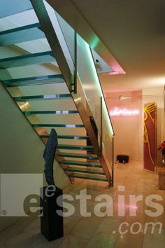 EeStairs straight staircase glass