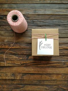 15 Creative New Ways to Wrap Your Holiday Gifts This Year Put a twist on a brown paper package tied up with string. Photo: Stylelogistics Read more: http://stylecaster.com/best-gift-wrapping/#ixzz3uGlh4wxU