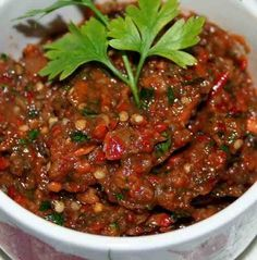 patlıcan-meze-tarifi – Salata meze kanepe tarifleri – The Most Practical and Easy Recipes Eggplant Appetizer, Appetizer Salads, Appetizer Recipes, Appetizers, Tapas, Eggplant Dishes, Snacks Für Party, Middle Eastern Recipes, Grilled Vegetables