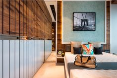 Designed by Gaurav Kharkar & Associates, Nigram's Residence is a project located in Goregaon, a suburb in Mumbai, that merged two apartments into one. Modern Apartment Design, Office Interior Design, Best Interior, Modern House Design, Interior Ideas, Wardrobe Door Designs, Bedroom Layouts, Home Decor Bedroom, Bedroom Ideas