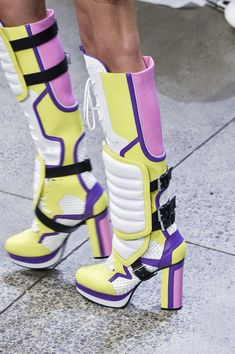 The Best Shoes Walking Down the New York Fashion Week Runways - - Including a pair of boots worthy of the Power Rangers. Futuristic Shoes, Bootie Boots, Shoe Boots, Rock Boots, Spring Shoes, Crazy Shoes, New York Fashion, Designer Shoes, Fashion Shoes