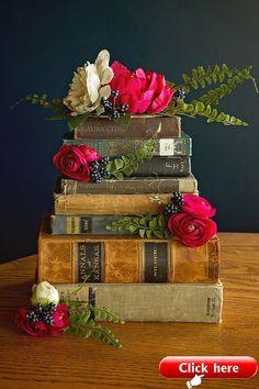New Wedding Table Cake Flower Arrangements Ideas Wedding Flower Arrangements, Floral Arrangements, Wedding Flowers, Table Arrangements, Book Centerpieces, Vintage Centerpieces, Lavender Centerpieces, Wedding Cake Toppers, Cake Wedding