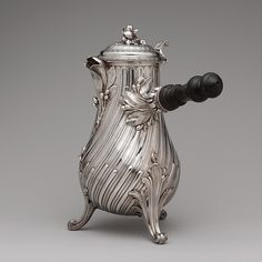 François Thomas Germain (French, 1726–1791, master 1748). Coffeepot, 1757.  The Metropolitan Museum of Art, New York.  Purchase, Joseph Pulitzer Bequest, 1933 (33.165.1)