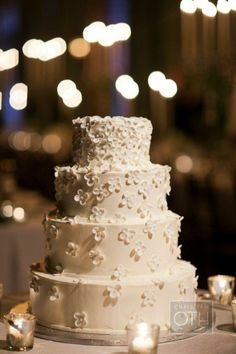 The cake should be as pretty as the dress.