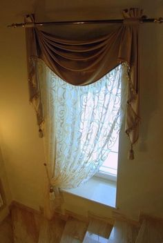 Gorgeous photo - go and visit our post for way more suggestions! Elegant Curtains, Gold Curtains, Ikea Curtains, Beautiful Curtains, Hanging Curtains, Valance Curtains, Valances, Living Roon, Living Room Windows