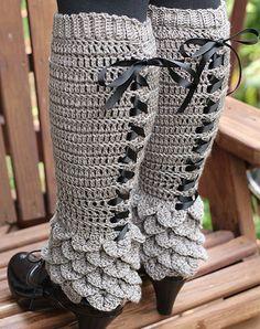 Like them but with regular bottom. Ravelry: Crocodile Stitch Legwarmers pattern by Bonita PatternsCrochet PATTERN Crocodile Stitch Legwarmers - Permission to Sell Finished Items. Paid pattern via Etsy.Crocodile Stitch Legwarmers, I MUST get better at Crochet Leg Warmers, Crochet Boot Cuffs, Crochet Boots, Crochet Gloves, Crochet Slippers, Crochet Headbands, Knit Headband, Baby Headbands, Arm Warmers