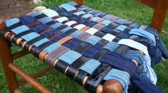 so cool great way to use old jeans and old belts. Just one more reason to shop the thrift stores ☺