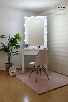 Best diy room decir for teens makeup closet Ideas Makeup Vanity Decor, Makeup Room Decor, Diy Makeup, Furniture Stores Nyc, Cool Furniture, Furniture Removal, Glam Room, Easy Home Decor, Dream Rooms