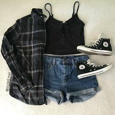 which outfit is your favorite? Best Picture For summer outfits crop top For Your Taste You are looki Soft Grunge Outfits, Edgy Summer Outfits, Grunge Look, Rock Outfits, Edgy Outfits, Cute Casual Outfits, Dance Outfits, 90s Grunge, Summer Grunge