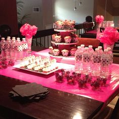 Pink and Black Polka Dot Minnie Mouse Party Table