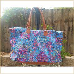 Billie Weekender Bag with Body Strap Secret Sale, Grand Opening, Weekender, Luggage Bags, Full Body, Are You Happy, Phoenix, Closure, Zipper