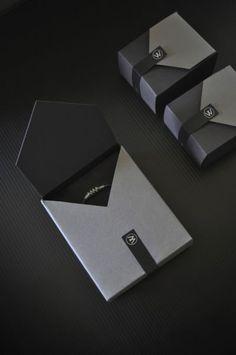40 Fabulous Jewelry Packaging Designs - Jayce-o-Yesta - 40 Fabulous Jewelry Pac. - 40 Fabulous Jewelry Packaging Designs – Jayce-o-Yesta – 40 Fabulous Jewelry Packaging Designs - Jewelry Packaging, Box Packaging, Jewelry Branding, Design Packaging, Custom Packaging, Scarf Packaging, Clever Packaging, Perfume Packaging, Coffee Packaging