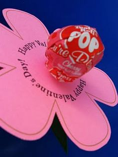 Valentine's Day craft...tootsie pop in flower